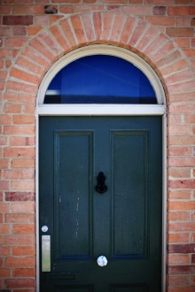 Echuca Door Red brick