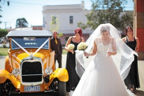 Weddings at St Marys Church Echuca