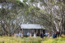 JB Plain hut Wedding