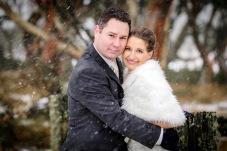 Wedding photos in snow