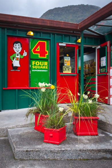 Red Four Square