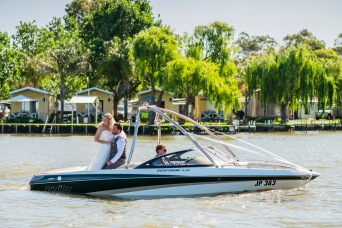 Mulwala Ski Club wedding