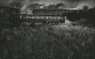 Old Riddell Road Bridge