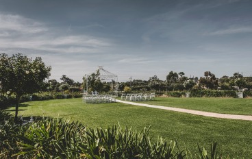 Wedding-at-the-Tuileries-Rutherglen