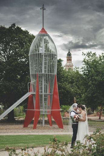 Wedding-in-Benalla-Gardens